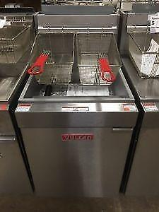 Deep Fryer New Vulcan 35-45lb Gas or Propane - STOREY'S - All your restaurant needs