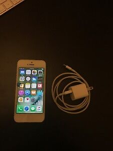 64GB Iphone 5 (Silver/White)