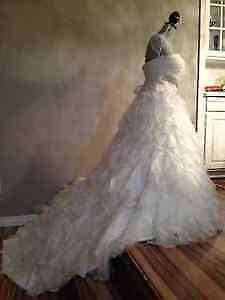 Designer Wedding Dress - perfect condition for a bargan price!!!