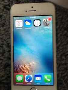 Selling iPhone 5s for $270 Kitchener / Waterloo Kitchener Area image 1