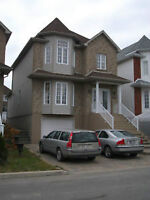 CHOMEDEY LAVAL : AN EXCELLENT HOUSE AT A BARGAIN PRICE