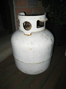 3 Empty 20 Lb BBQ Propane Tanks $25 EACH