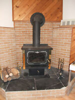 """1st 1300 takes it OSBURN WOODSTOVE FITs 20 """" logs WITH BLOWER"""