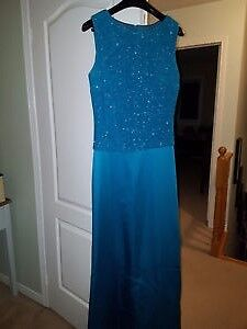 Formal Dress Size 10 (from Laura)