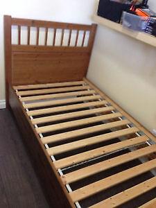 Single Bed in Good Condition Comox / Courtenay / Cumberland Comox Valley Area image 4