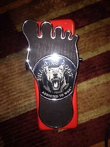SNARLING DOGS WHINE-O-WAH PEDAL