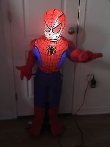 Inflatable Spider-Man with light. AVAILABLE