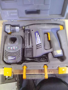 Mastercraft Maximum Cordless Compact Brad Nailer (CASH ONLY)