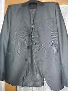 Complet 3 PIECES chic et moderne pour homme - Taille 42/cravatte