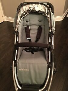 Uppababy Vista 2010 (Mint Condition)