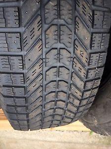 4 pneus hiver 175 65 R14