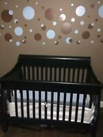 Baby Crib 4 in 1 convertible