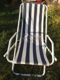 2 Rocking deckchairs