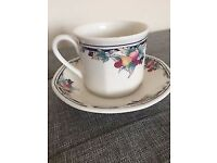 4 Royal doulton Autumn glory cups & saucers