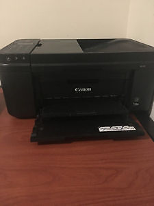 Canon Pixma Printer and Scanner- Great Condition Barely Used