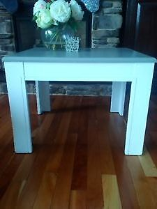 Re-Finished End Table Cambridge Kitchener Area image 2