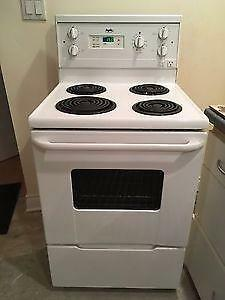Inglis apartment size stove FREE DELIVERY AND INSTALL