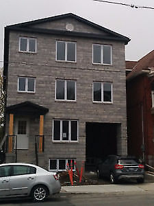 EXCELLENT LOCATION!! NEW CONDO 4 Bedroom Centretown/Bronson