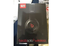 Beats by Dre solo 2 Wireless Headphones Black Brand new beats by apple