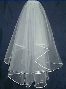 New White wedding veil /Nouveau voile de marriage blanche