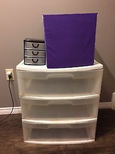 Storage drawer unit and containers