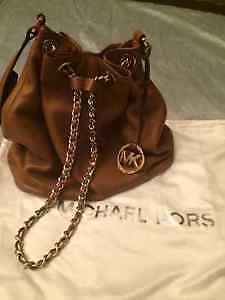 Michael Kors - Tanned Brown Leather Bucket Bag