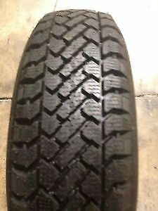 Set of 4 Kelly Snowtrakker 215/70R15
