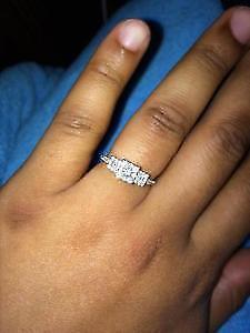.48 ct Diamond 3 stone cluster ring, white gold. Windsor Region Ontario image 2