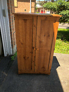Computer Armoire / cabinet