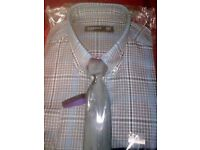 Men's long sleeved checked slim fit easy care shirt&tie size 14 1/2 in ONLY £8.00