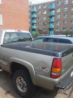 2001 GMC Sierra bed cover