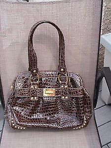 purses, handbags, gold evening bag ,travel black carrier luggage