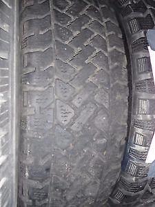 4 pneus d'hiver 195/65/15 Pacemark Snowtrakker