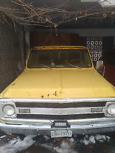 1970 chevrolet C10 cab and title