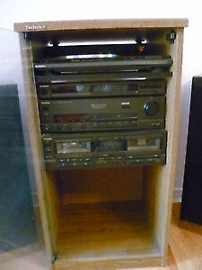 Technics stereo system + 110 +1 CD changer