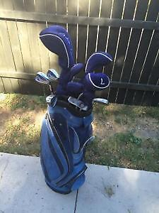 Ladies Ashley Brand !0pc Golf Clubs- Mint Condition Sarnia Sarnia Area image 2
