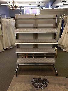 SHOE OR MAGAZINE RACK WITH REMOVABLE MIRRORED BACK.