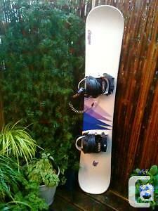 Womans oxygen snowboard