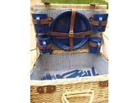 Picnic Basket With Gingham Lining includes Plates, Cups & Cutlery