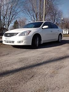 Nissan Altima 2010 2.5S 4 cylindre