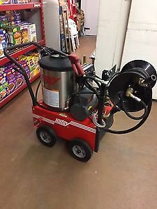 Hotsy Pressure Washer 555ss (Like-New) Edmonton Edmonton Area image 2