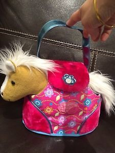Pucci Pup / horse pet and case