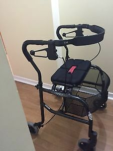 NEXUS FOLDABLE WALKER WITH BASKET