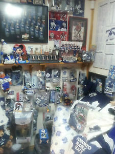 Vast Toronto Maple Leafs Hockey Memorabilia Collection Cambridge Kitchener Area image 7