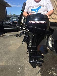 Moteur mercury 9.9