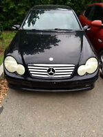 Mercedes-Benz C230K noir PART OUT !