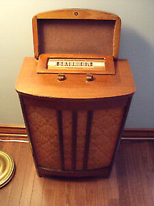 Vintage floor Rogers Majestic model radio
