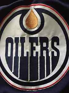 OILERS TICKETS FOR SALE Sec 207 Row 8 Seats 17 & 18 Great Seats! Edmonton Edmonton Area image 1