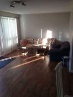 1 room available walking distance to Fleming