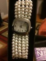 Pearl Bracelet wristwatch with mother of pearl dial